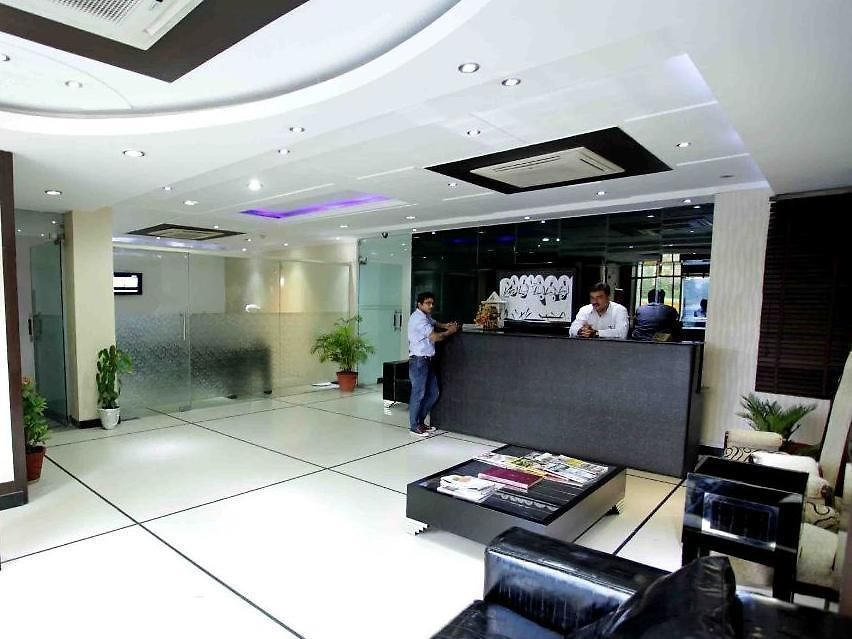 Hotel Kashvi Hotel The Cameron Delhi And Ncr